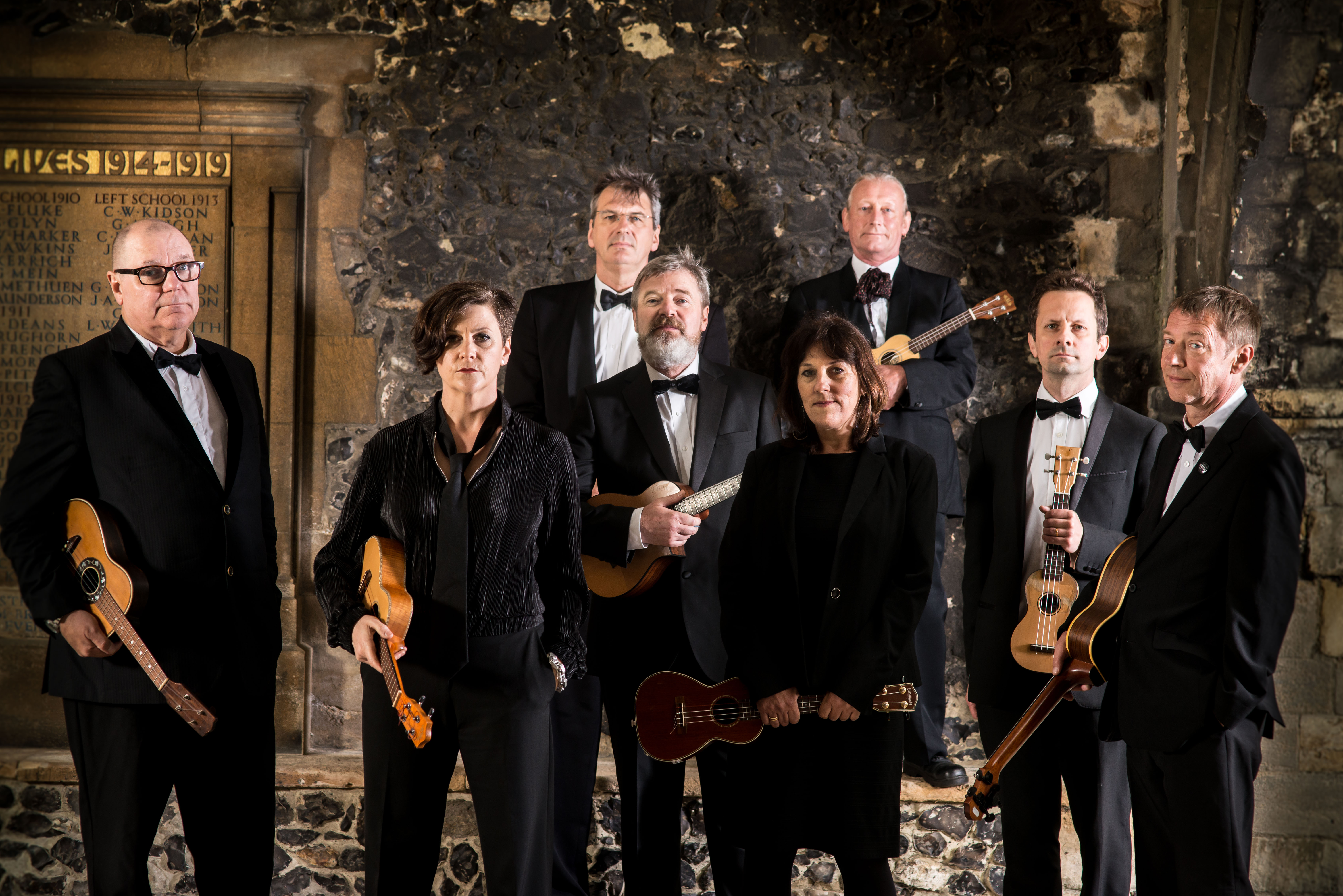 The Ukulele Orchestra of Great Britain am 02.09.2018 in der MUK in Lübeck